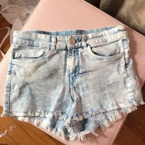 NWOT H&M Highwaisted Denim Shorts